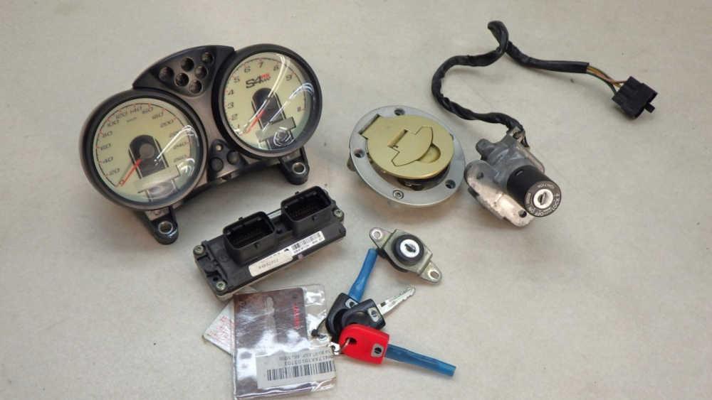 ドゥカティ モンスター S4RS テスタトレッタ ECU・メーターパネル・メインキーなど 送料無料